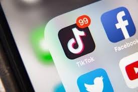 Social Media s